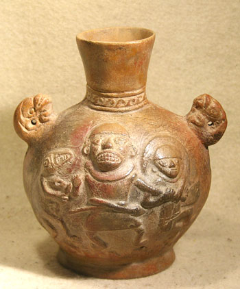 Moche Ai Apaec Bottle