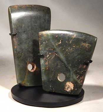 Ancient Chinese Neolithic Jade Ritual Axes Custom Display Stand (front)