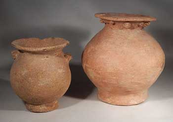 Pre-Columbian Chirique Pottery Footed Olla Vessels