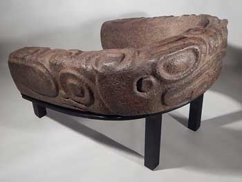 Pre-Columbian Maya Mayan Stone Frog Yoke Yugo Custom Display (front).