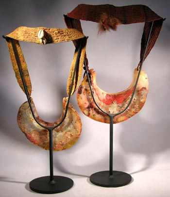 Papua New Guinea Kina Shell Custom Display Stands- back